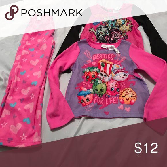 Fleece pj set NWT! Shopkins pj Set and extra monster high top that matches pants as well. Very soft, warm, and fleecy. All size 6/6x. shopkins Pajamas Pajama Sets