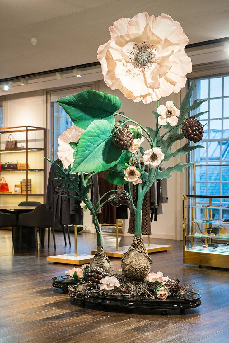 Mulberry | Floral Display | Spring/Summer, 2013 by Millington Associates | http://buff.ly/1gkm4ya