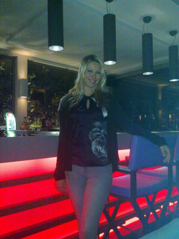 Terrace Bar! - Keira Chaplin visited Thea Terrace Bar last night for a drink with a magnificent view to Acropolis!