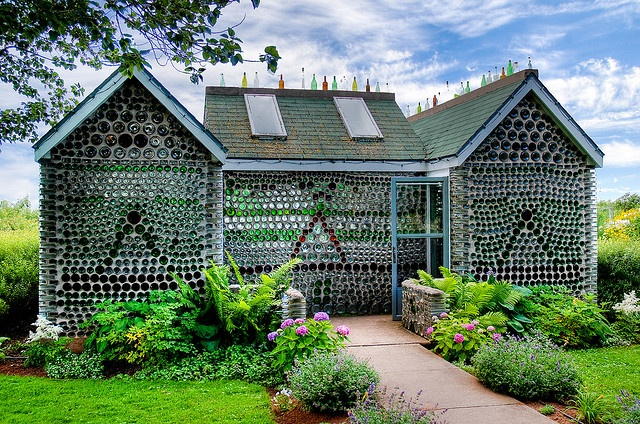 Bottle House - Prince Edward Island Did you know Valhalla is building and off grid school?! www.valhallamovement.com/slc
