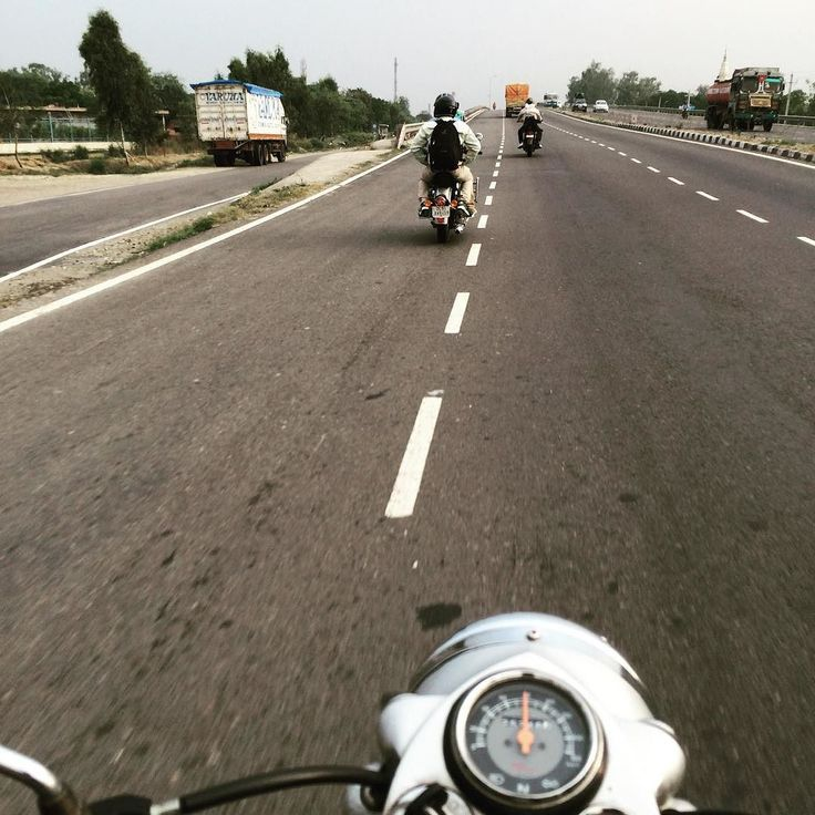 Riding at 50KMPH  #travelgram #travel #instapic #roadtrip #photooftheday