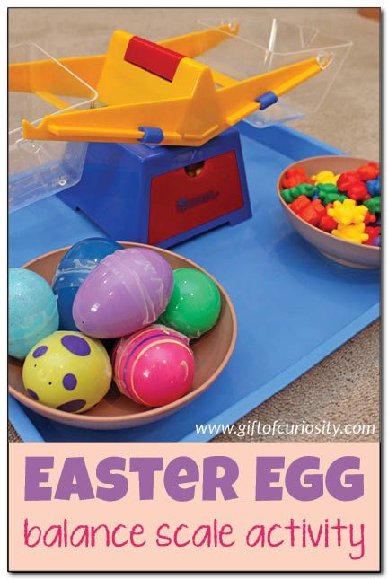 Easter egg balance scale activity. This is such fun way to build math skills with kids! || Gift of Curiosity
