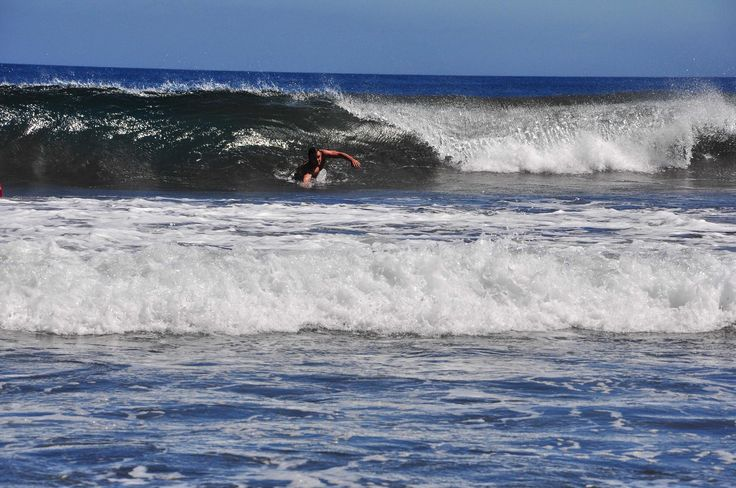 Playa Igueste de San Andres is a pebble and rocky beach north of Santa Cruz de Tenerife in Tenerife. Nothing for lightweights it gives you great water sports entertainment - especially the wake boarding.
