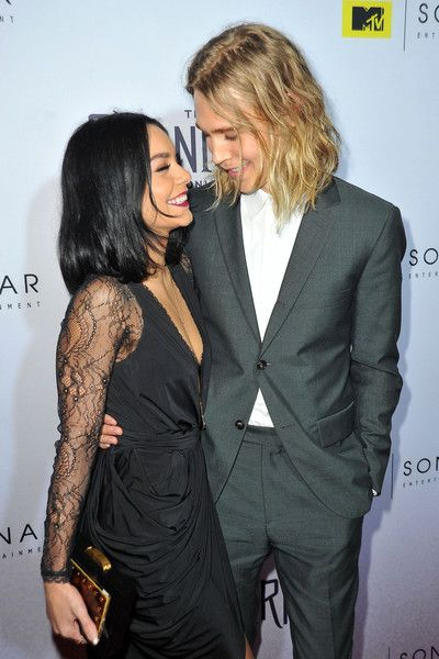 Austin Butler Photos - Actors Vanessa Hudgens and Austin Butler attend the series premiere party for 'The Shannara Chronicles' On MTV at iPic Theaters on December 4, 2015 in Los Angeles, California. - Series Premiere Party for 'The Shannara Chronicles' on MTV