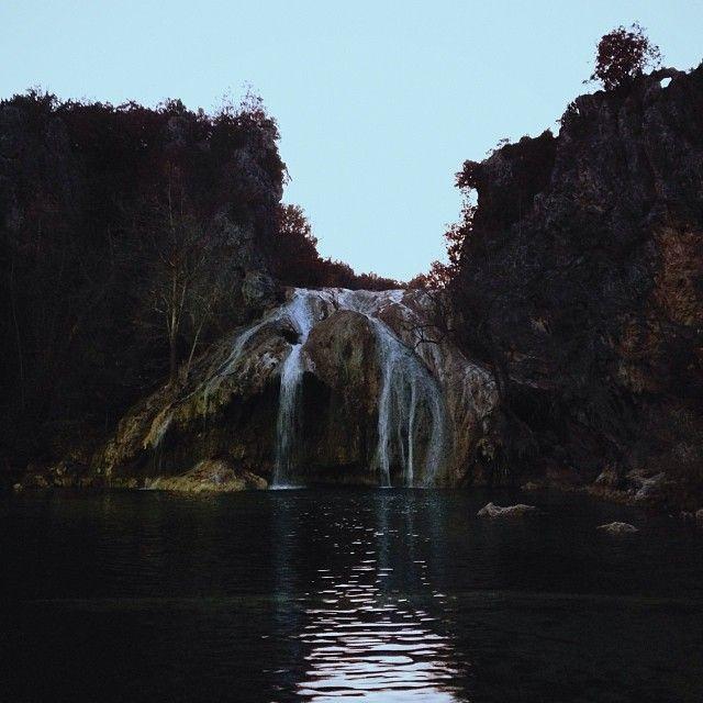 Turner Falls     Waterfall pit stop on the way back to Dallas. #turnerfalls #waterfall #oklahoma #hike #explore - http://instagram.com/jennchambless