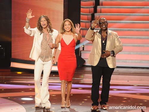 "Jennifer Lopez In Yeojin Bae at ""American Idol"""