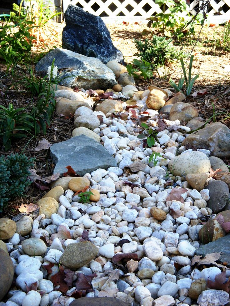 How to Build a Dry Creek Bed