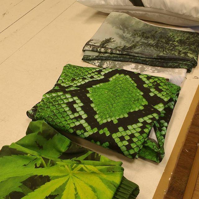 👌Ready to ship 💌💨 #NestedClothes #fullprint #clothing #imshippinguptoboston 🤘