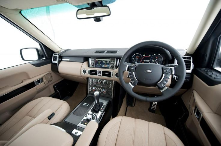 LAND ROVER HAS RELEASED pricing and specification details for the Australian-market 2010 Range Rover Vogue line-up.