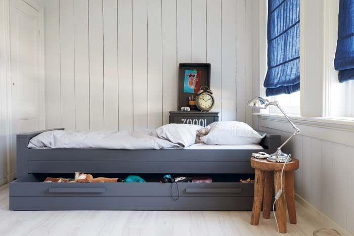 ... opbergruimte met schuiflades onder het bed #wooninspiratie #slaapkamer