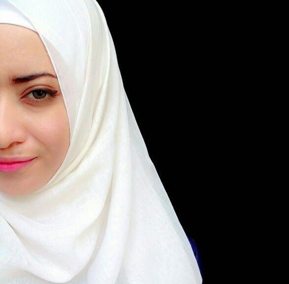 #hijab #hijabi #hijabqueen #scarf #lipstickpink #white #diy #head #moslem #moslemgirl #muslimgirl #arab #arabian #arabic #hijabstyle