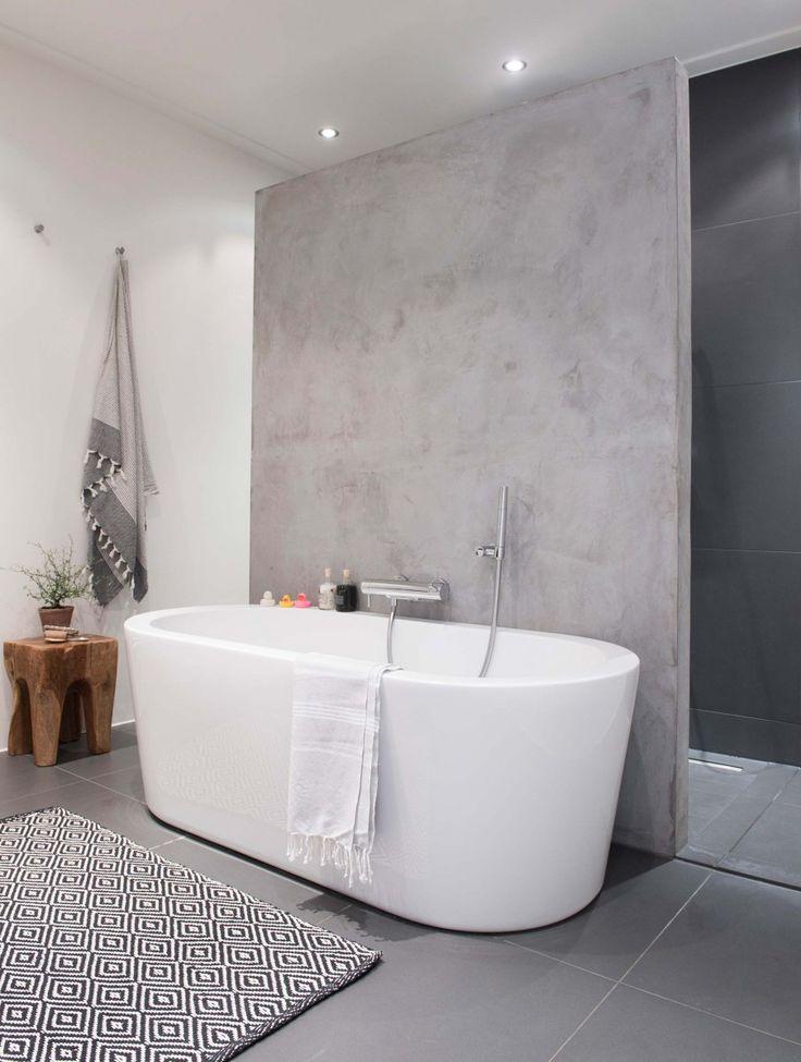 simple bathroom in Amsterdam