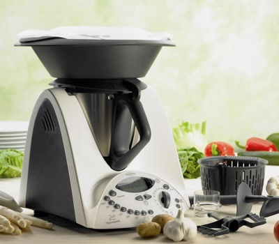 OMG i just discovered this!!! i really want it now!!!!! Thermomix Multi-Function Kitchen Machine