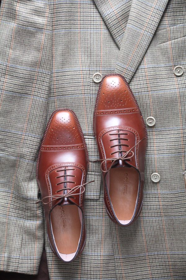 DB jackt and chassichic brogue shoes by BEN KOO