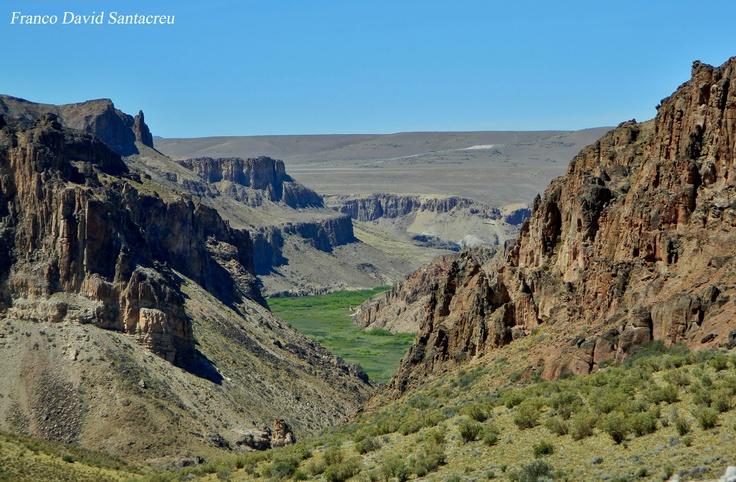 Cañadón del Río Pinturas - Parque Nacional Perito Moreno - Patagonia, Argentina