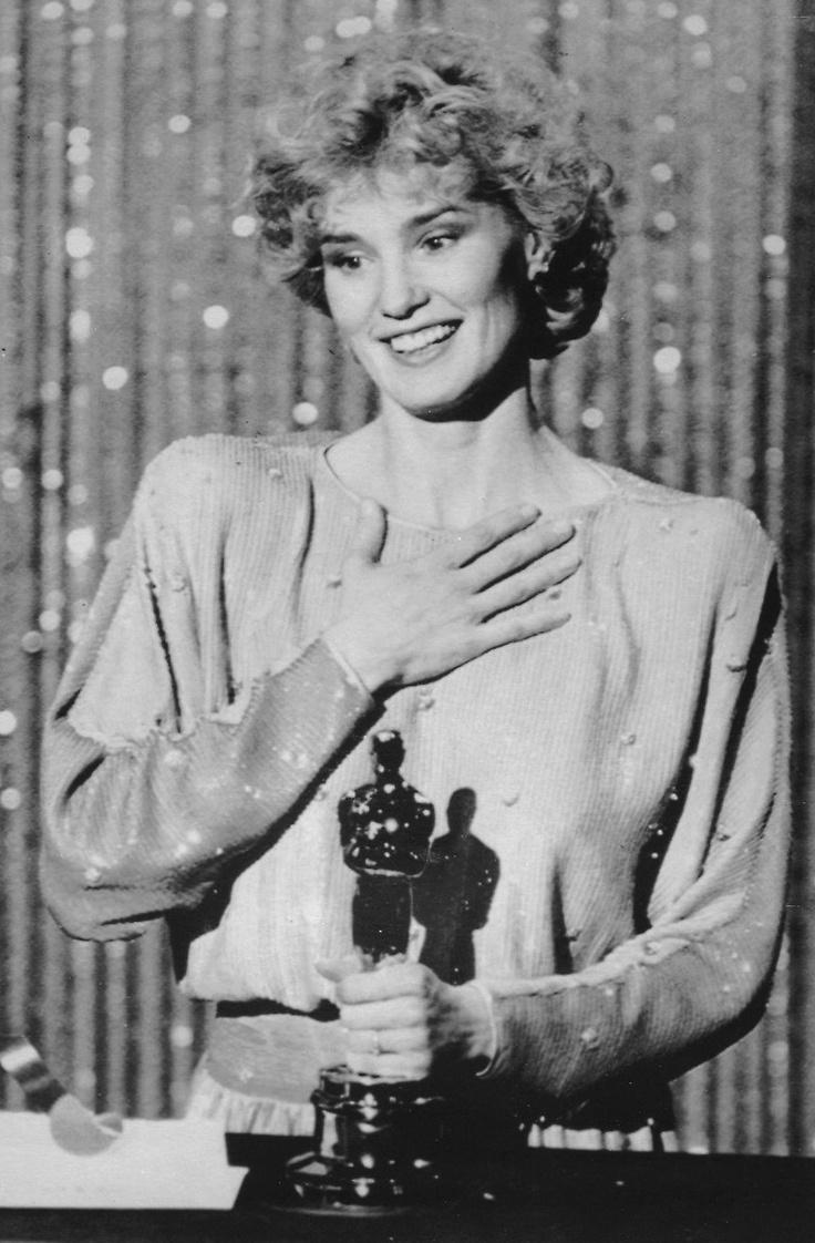 Jessica Lange winning her Oscar for Tootsie (1983)