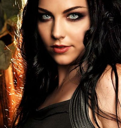 Amy Lee (http://www.fanpop.com/spots/amy-lee/images/25539280/title/amy-lee-photo#) This is how I see Red Little. :)