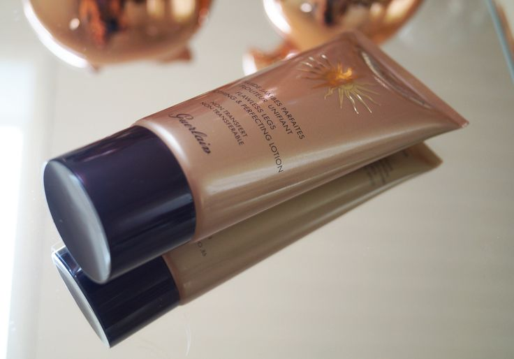 My friends know that my favorite makeup is Estee Lauder Double Wear Nude Cushion Stick Radiant Makeup. This blog is made by ema. It is lightweight foundation as a breeze, it has  a medium coverage, but it can be layered and the application is very easy as the packaging include an applicator. http://www.sheistheone.ch/2017/08/beauty-estee-lauder-highlighting.html #BeautyBlogger #FashionBlogger #beauty #blogger