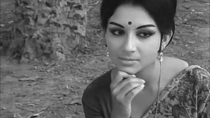 Classic, understated, simple is elegance. Indian actress Sharmila Tagore in the 60s.