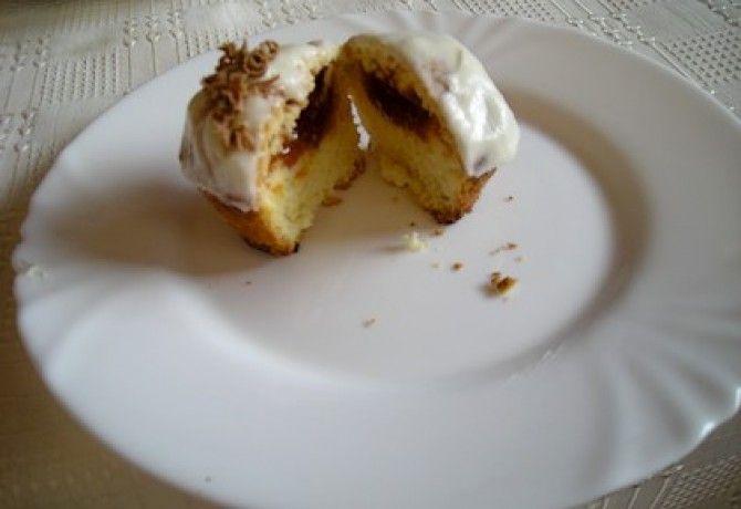 Lekvárral töltött muffin