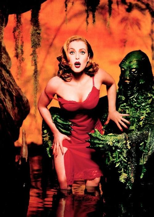 The X-Files Gillian Anderson- god she's a sexpot!