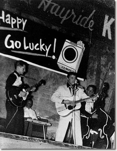 ♡♥On January 22nd,1955 Elvis Presley, Scotty & Bill perform at the Louisiana Hayride♥♡