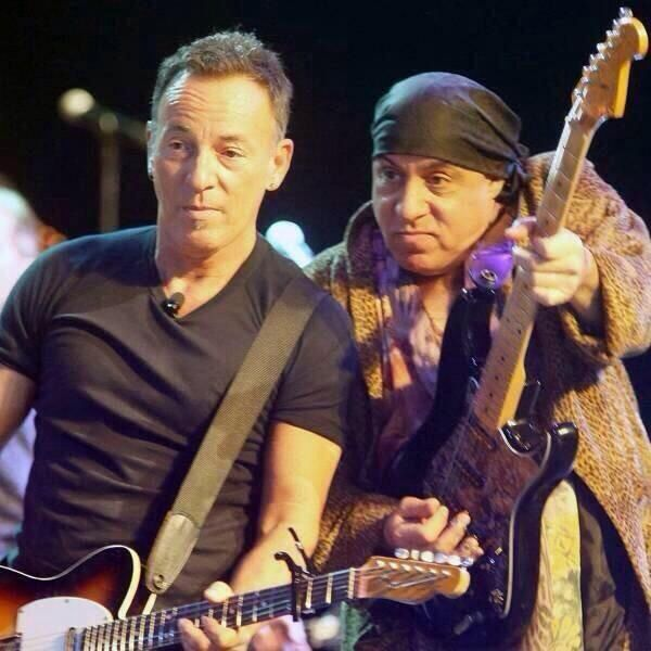 317 Best Images About Bruce Springsteen On Pinterest