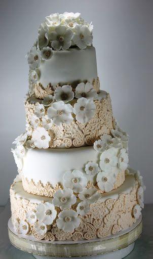 Torturi - Viorica's cakes: Tort nunta Dantela ivoir si flori albe