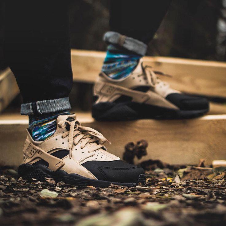 Nike Air Huarache Premium Desert Camo