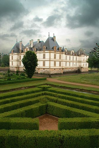 Chateau de Cormatin, Bourgogne, France by joris de corte, via Flickr