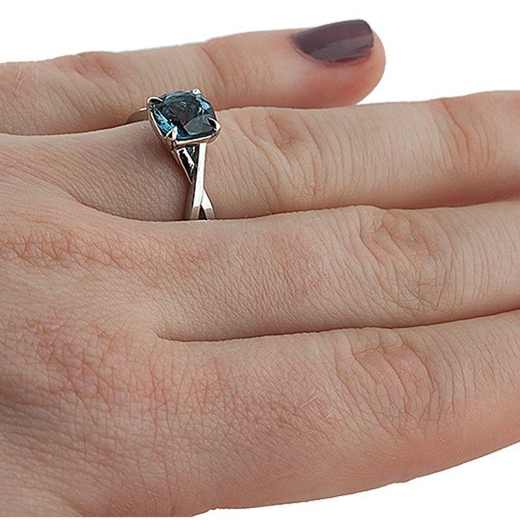 Diamantring verlobung blau  Die 25+ besten blau Topazring Ideen auf Pinterest | Dreier ...