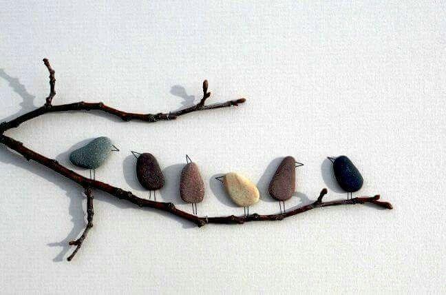 Décoration branche galets oiseaux