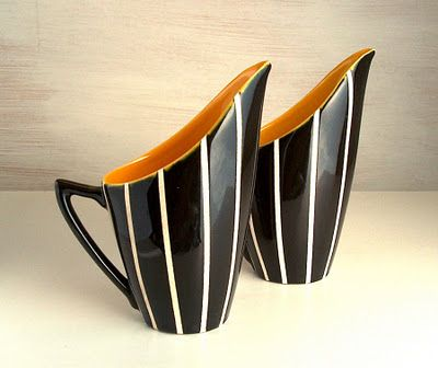 Designed in the mid 1950s by a young John Clappison for Hornsea Pottery, this is Elegance. The range was in production between 1955 and 1959.