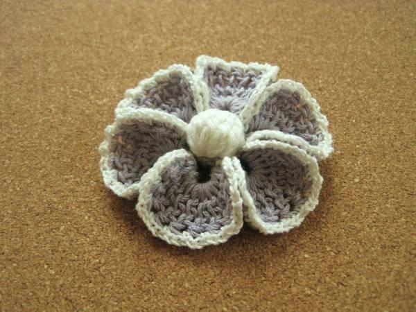 薄紫&白 コットンで編んだお花のヘアゴム ハンドメイド Handmade hair accessories ¥200yen 〆04月08日
