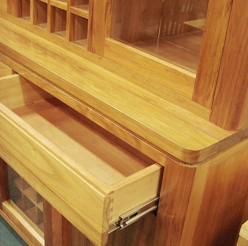 sliding drawer with round corner style