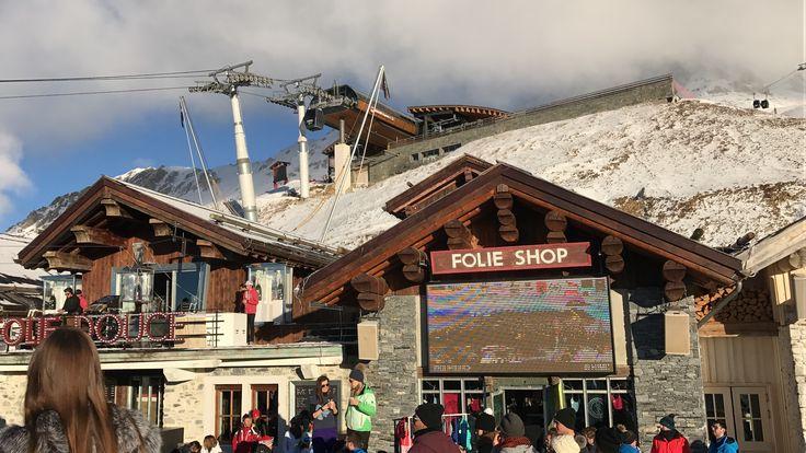 We had a good time@La Folie Douce, France #france #lafoliedouce #party #newyear #2017 #show #ski