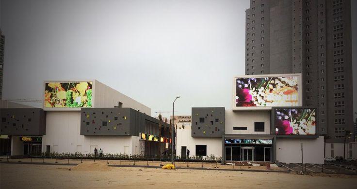Smart Broadcast Era Country: Kuwait Place: High-end community Product: L10DS: Roof floor:10.8x4.96m=49.9968sqm,    3pcs; First floor:6.08x4.16m=25.2928sqm,     5pcs