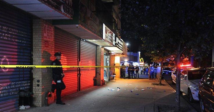 Man nabbed after fatally shooting foe outside Bronx restaurant  http://www.nydailynews.com/new-york/nyc-crime/man-nabbed-fatally-shooting-foe-bronx-restaurant-article-1.3532207