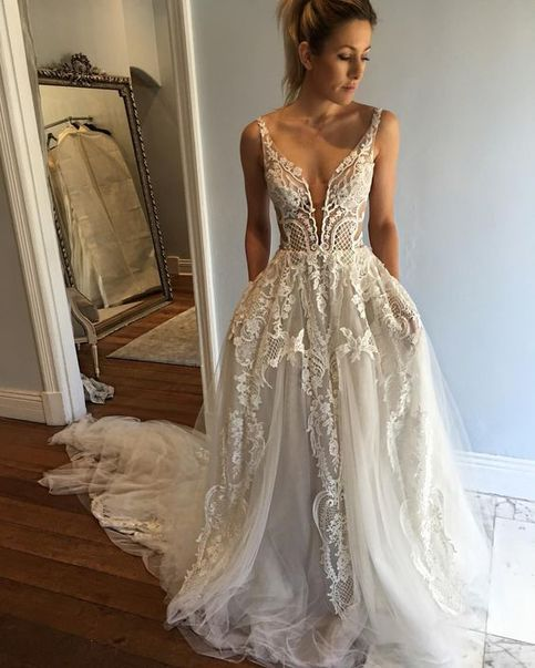 Bridal Dresses,spaghetti straps wedding dresses,white wedding dresses,long wedding dresses for romantic brides