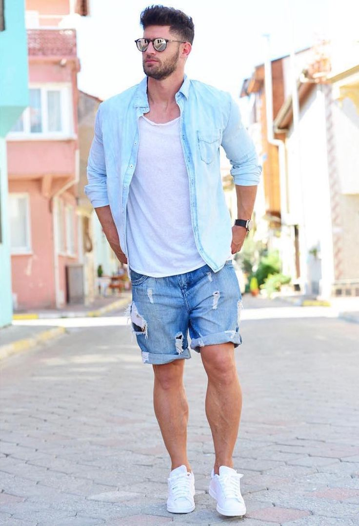 20 looks de inspiração para usar o jeans destroyed | El Hombre http://www.99wtf.net/men/mens-fasion/ideas-choosing-mens-outfit-colors-mens-fashion-2016/