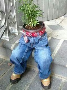 Recyclers Blue Jeans usted as planters!