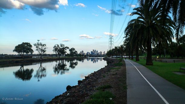 Footscray Park, Footscray, Australia - This was my favorite spot to workout when I was in Melbourne. Beautiful outdoor space, the skyscraper in the distance, awesome water reflection. There are a few public barbecues as well if you want to enjoy a picnic on the grass.   http://nomadswind.com/the-best-of-Melbourne/