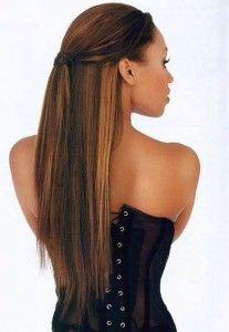 Long, strait hair with extensions