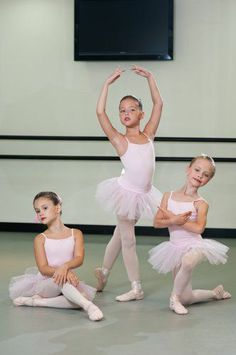 Christa Cameron School of Ballet | GROUP POSES | Pinterest ...