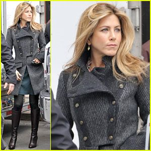 Google Image Result for http://1.bp.blogspot.com/-jdVYscqPF_A/TlX5rHTc83I/AAAAAAAAHY4/_gsl9lYDXw8/s400/Jennifer-Aniston-without-makeup-06.jpg
