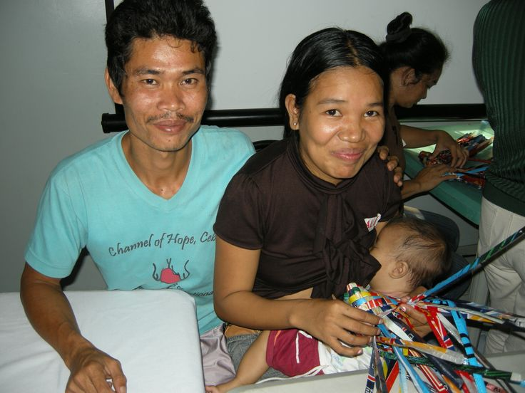 Now the RecyBag program does not cater only to the mothers. If the husband would like to learn, then he could join too. Like these couple here, it is better to work together for the future of their baby.