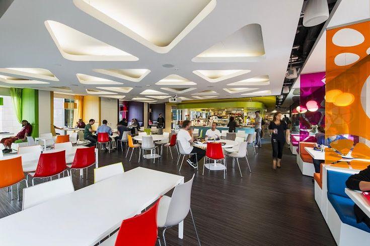 restaurant d'entreprise, cafétéria design et colorée