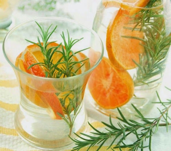 "Video: ""How to Make Infused Water"" and Orange Rosemary Water recipe Refreshing Drinks, Yummy Drinks, Healthy Drinks, Fruit Infused Water, Fruit Water, Fresh Fruit, Flavored Water Recipes, Flavored Waters, Infused Waters"