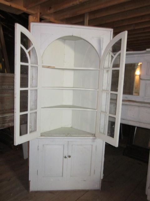 Best 25+ Antique corner cabinet ideas on Pinterest | Granite countertop,  White valance and Kitchen cupboard redo - Best 25+ Antique Corner Cabinet Ideas On Pinterest Granite