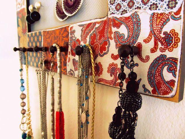 Homemade Jewelry Organizer Tutorial with Pretty Life Anonymous